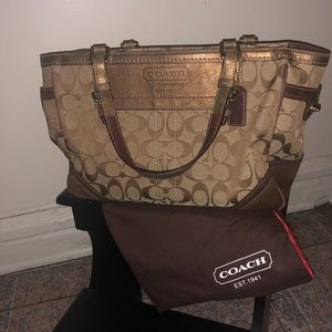 Gold vintage Coach bag like new